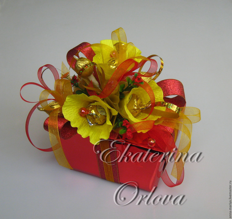 Оформление подарка конфетами фото
