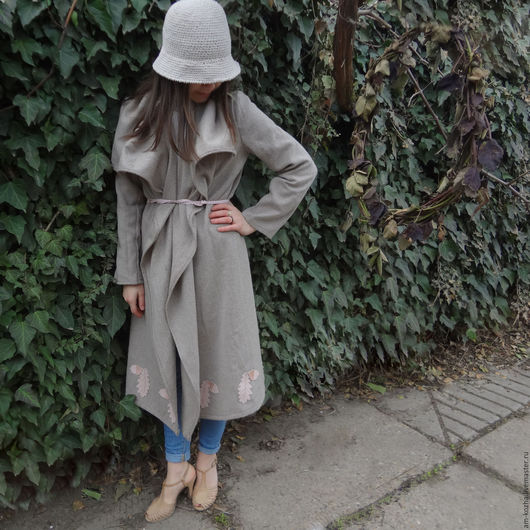 Верхняя одежда ручной работы. Ярмарка Мастеров - ручная работа. Купить Женское пальто весеннее из сукна без подклады с кожаными вставками. Handmade.