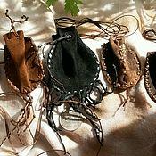 Аксессуары ручной работы. Ярмарка Мастеров - ручная работа Кожаный нагрудный мешочек. Handmade.