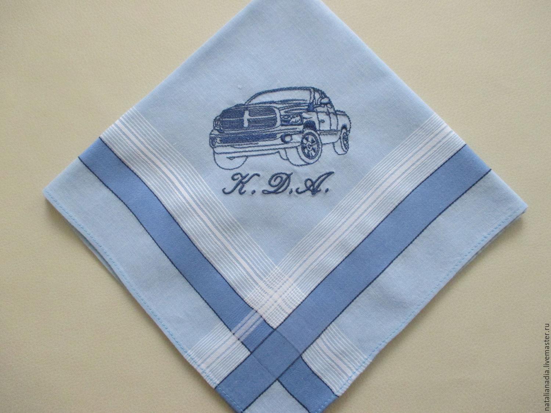 Мужской носовой платок с вышивкой