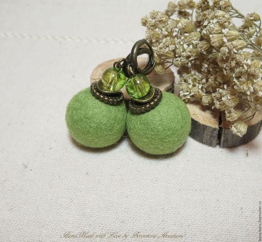 """Серьги ручной работы. Ярмарка Мастеров - ручная работа. Купить Серьги из войлока """"Olives"""". Handmade. Оливковый, серьги из войлока"""