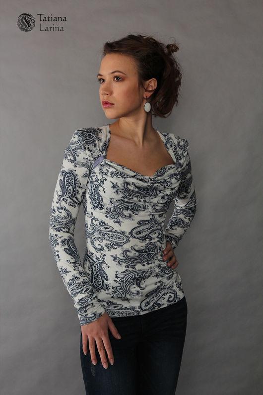 Нарядная блуза с рисунком пейсли. Блуза трикотажная на каждый день. Блузка с воротом качели. Блуза с эффектом пуш-ап. Блузка комфортная.