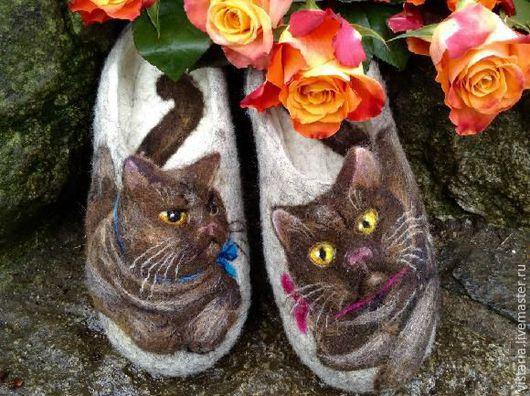 Обувь ручной работы. Ярмарка Мастеров - ручная работа. Купить Тапочки  «Шотландский шоколадный кот». Handmade. Серый, валяные тапочки