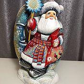 Дед Мороз и Снегурочка ручной работы. Ярмарка Мастеров - ручная работа Санта на месяце. Handmade.