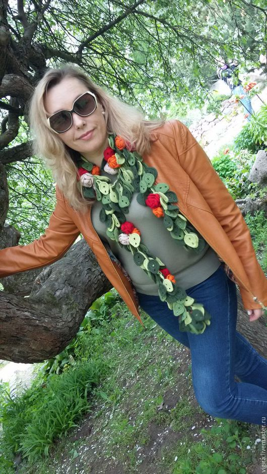 Шарфы и шарфики ручной работы. Ярмарка Мастеров - ручная работа. Купить Цветочный шарф крючком. Handmade. Зеленый, шарф с розами