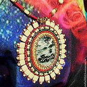 Украшения ручной работы. Ярмарка Мастеров - ручная работа Кулон с камнем и бисером Мадагаскар.. Handmade.