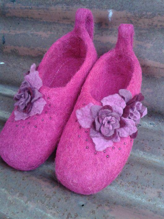 Обувь ручной работы. Ярмарка Мастеров - ручная работа. Купить валяные тапочки Пепел Розы. Handmade. Валяные тапочки, пуговицы