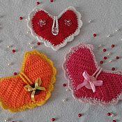 Мягкие игрушки ручной работы. Ярмарка Мастеров - ручная работа Сердечные кармашки. Handmade.