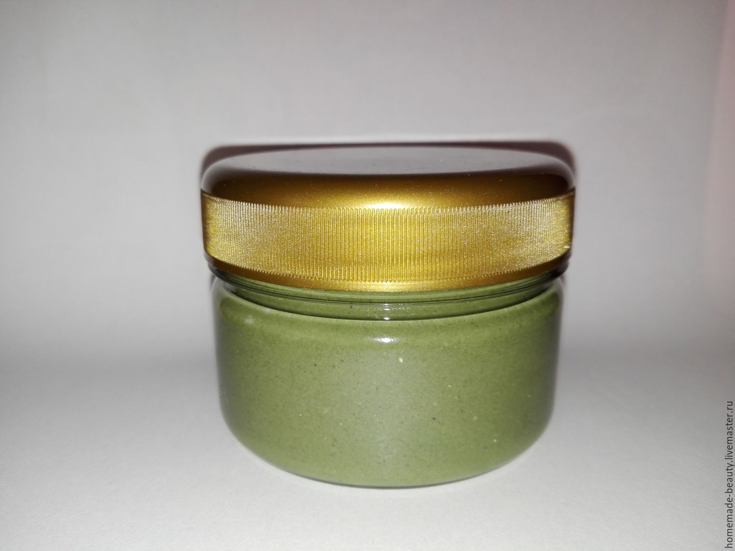 The photo shows the mask 65ml