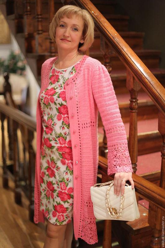 """Верхняя одежда ручной работы. Ярмарка Мастеров - ручная работа. Купить Летнее пальто вязаное """"Розовый ажур"""". Handmade. Розовый"""