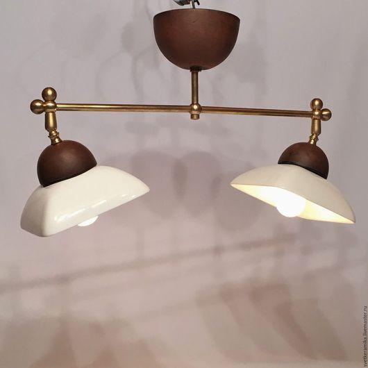Освещение ручной работы. Ярмарка Мастеров - ручная работа. Купить Светильник из фарфора с двумя плафонами и латунным каркасом. Handmade.