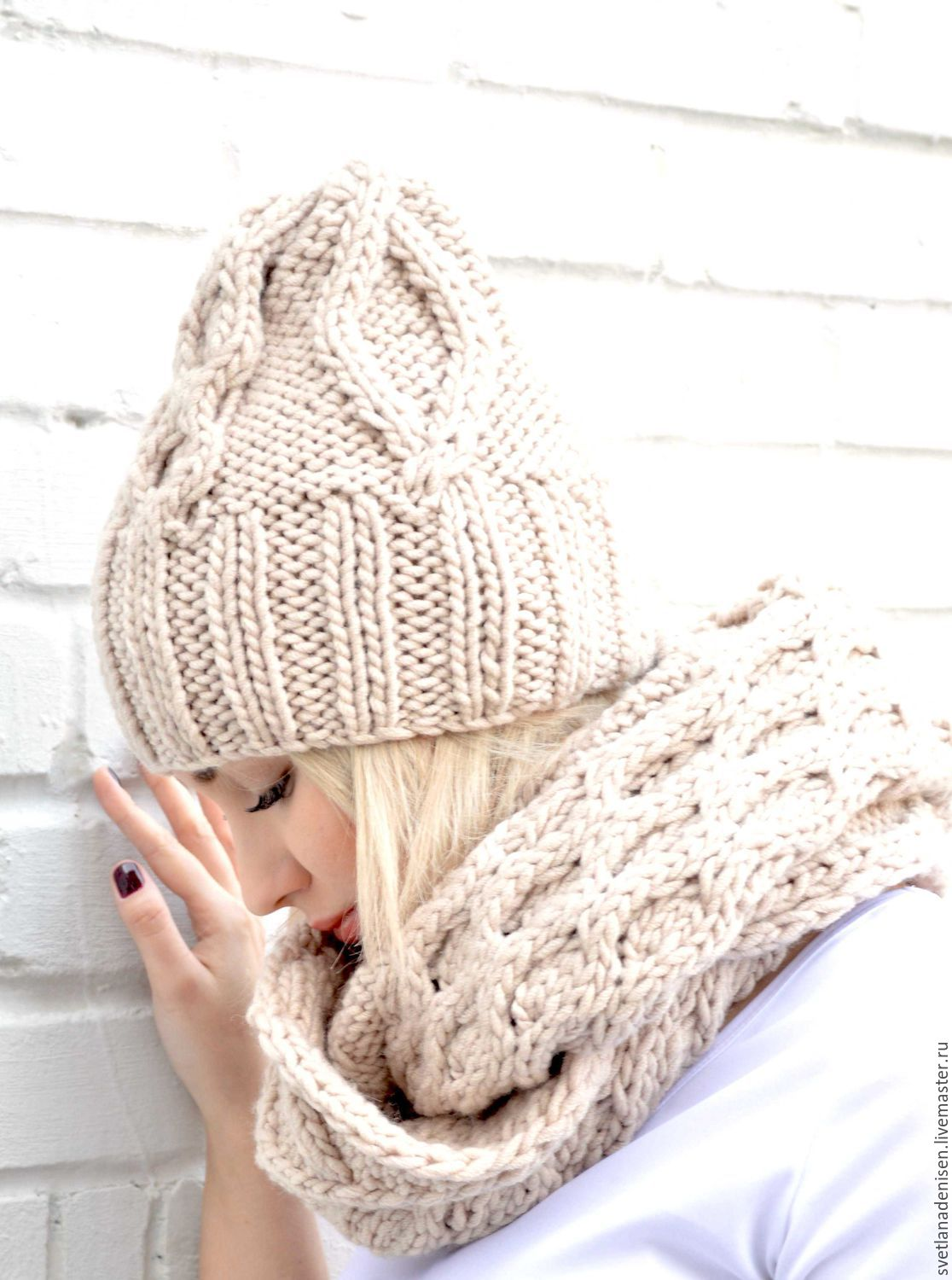 The knit kit 'Warm beige', Snood and hat knitted, knitted Snood, Headwear Sets, Bratsk,  Фото №1