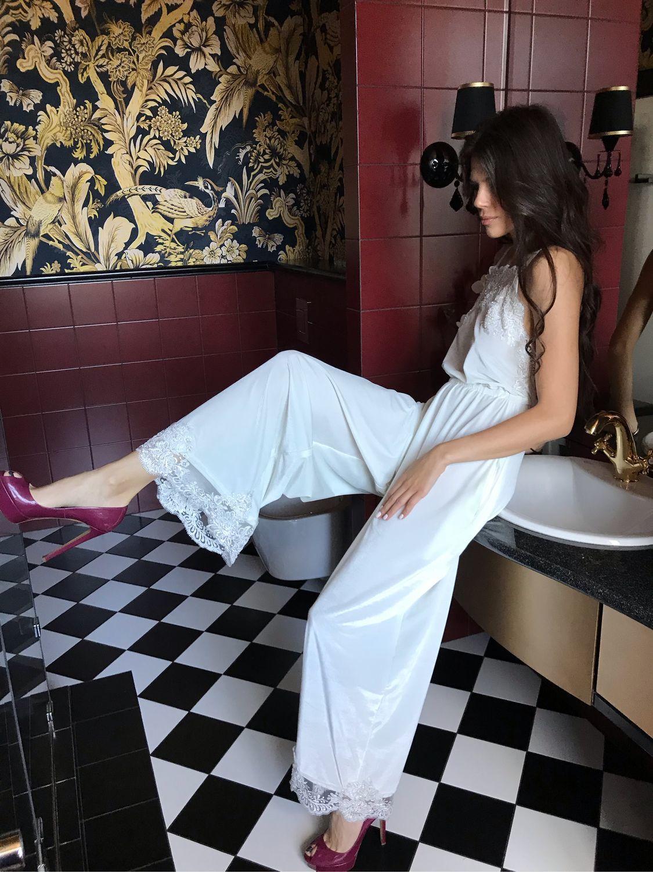 Бархатный комбинезон для утра невесты. Длинный кружевной халат, Пеньюары и белье, Пенза,  Фото №1