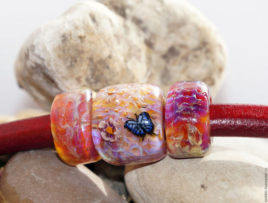 """Для украшений ручной работы. Ярмарка Мастеров - ручная работа. Купить Комплект бусин для regaliz """"Бабочка над цветущей сакурой"""". Handmade."""
