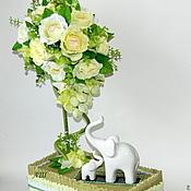 Цветы и флористика ручной работы. Ярмарка Мастеров - ручная работа Топиарий - Дерево счастья из конфет. Handmade.
