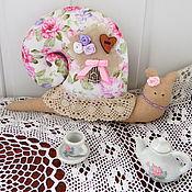 Куклы и игрушки ручной работы. Ярмарка Мастеров - ручная работа Тильда - улитка Розовые мечты (шебби шик). Handmade.