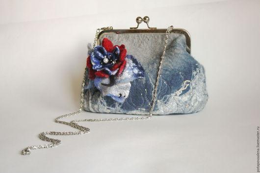 Женские сумки ручной работы. Ярмарка Мастеров - ручная работа. Купить Вечерняя  маленькая сумочка-клатч. Handmade. Голубой