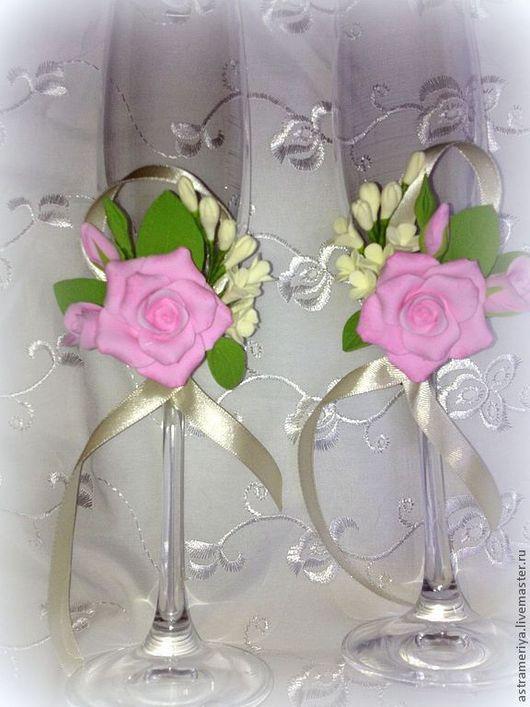 Свадебные аксессуары ручной работы. Ярмарка Мастеров - ручная работа. Купить Свадебные бокалы с розами из полимерной глины. Handmade. Розовый