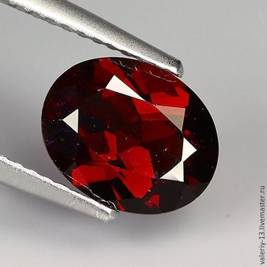 Garnet rhodolite 9,4 x 7,5 mm, 2.57 ct, Cabochons, Rostov-on-Don,  Фото №1