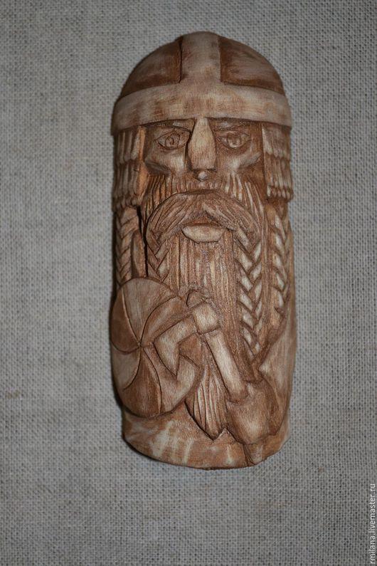 Викинг- сувенир и оберег в машину, может быть использован как коллекционный магнит. Уникальный и оригинальный подарок для любого мужчины, юноши.