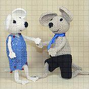 Мягкие игрушки ручной работы. Ярмарка Мастеров - ручная работа Набор мягких вязаных игрушек «Влюбленные мышата». Handmade.