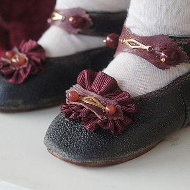 """Куклы и игрушки ручной работы. Ярмарка Мастеров - ручная работа Обувь для Антикварной и современной куклы """"Rowan"""". Handmade."""