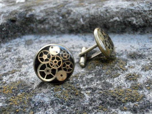 Запонки в стиле стимпанк в  фурнитуре под бронзу с настоящими деталями часов