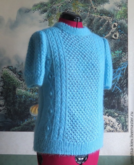 Фото: Вязаный женский свитер «Бриз» с короткими рукавами.