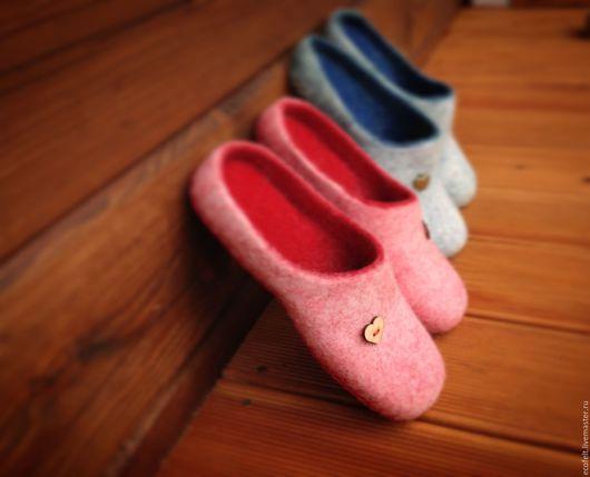 Обувь ручной работы. Ярмарка Мастеров - ручная работа. Купить Тапочки для влюблённой пары. Handmade. Комбинированный, обувь из войлока, кардочёс