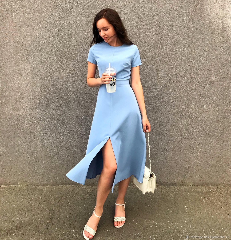 Голубое Платье 2021