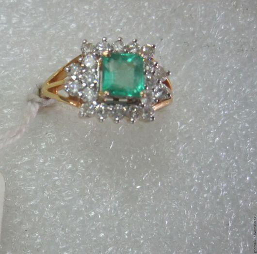 Кольца ручной работы. Ярмарка Мастеров - ручная работа. Купить Уникальное кольцо с изумрудом и бриллиантами. Handmade. Золото 585 пробы
