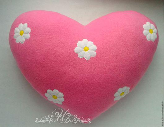 подушка сердечко, подушка ручной работы, подушка круглая, подарок, подушка в подарок, подарок ручной работы, авторская работа, подушка купить, подарок купить, сердечко в подарок