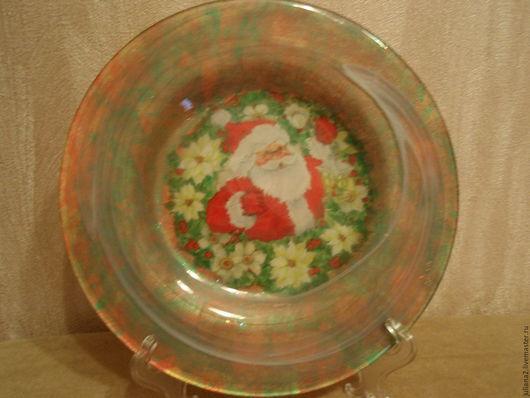 """Декоративная посуда ручной работы. Ярмарка Мастеров - ручная работа. Купить Тарелка """"Санта"""". Handmade. Ярко-красный, с новым годом"""