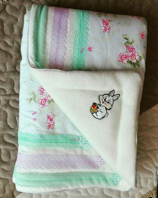 Детская ручной работы. Ярмарка Мастеров - ручная работа. Купить Детское одеяло. Handmade. Мятный, лоскутное одеяло, детская кроватка