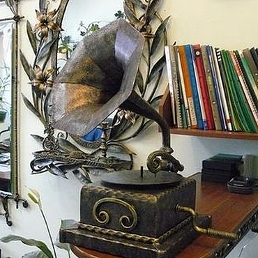 Для дома и интерьера ручной работы. Ярмарка Мастеров - ручная работа Кованый граммофон. Handmade.