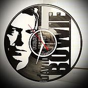 Часы классические ручной работы. Ярмарка Мастеров - ручная работа Оригинальный подарок. Настенные часы David Bowie. Handmade.