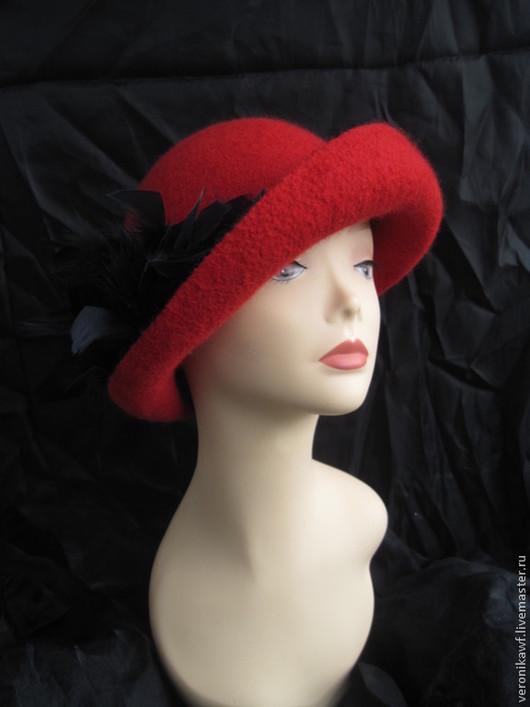 """Шляпы ручной работы. Ярмарка Мастеров - ручная работа. Купить Шляпа валяная  """"Amadeus"""". Handmade. Ярко-красный, шляпа с цветком"""