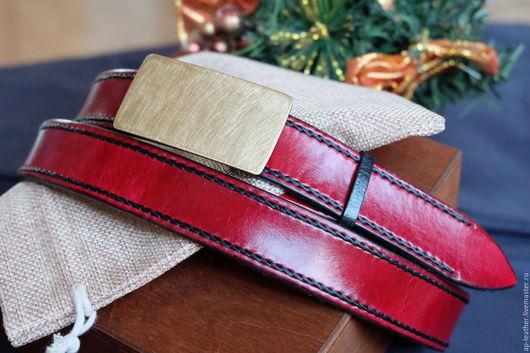 Пояса, ремни ручной работы. Ярмарка Мастеров - ручная работа. Купить Ремень женский кожаный Red & Black с латунной пряжкой. Handmade.