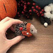 Украшения ручной работы. Ярмарка Мастеров - ручная работа Осенние запасы. Ежик-брошь. Handmade.