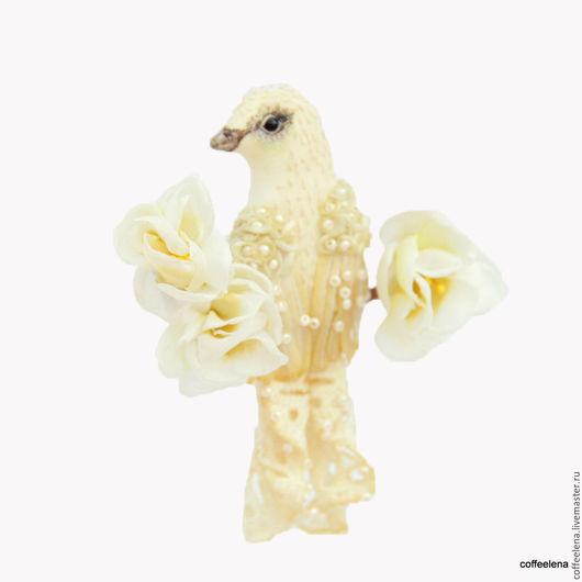 Броши ручной работы. Ярмарка Мастеров - ручная работа. Купить Текстильная брошь-птица «Шампань». Вышитая бисером брошь. Украшение дл. Handmade.
