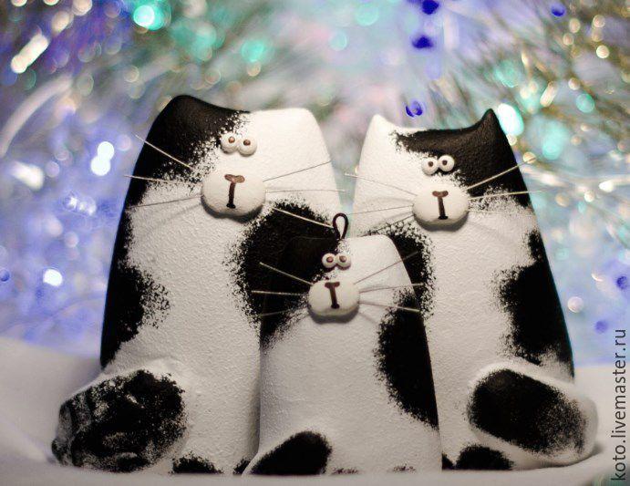 Подарок на 14 февраля кот цветы в коробке шляпной купить в москве