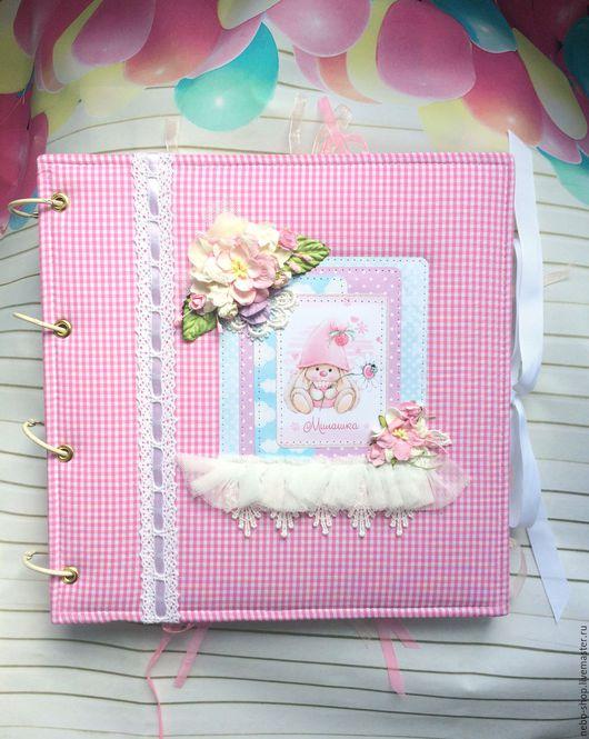 """Подарки для новорожденных, ручной работы. Ярмарка Мастеров - ручная работа. Купить Большой фотоальбом для девочки """"Милашка"""" первого года жизни. Handmade."""
