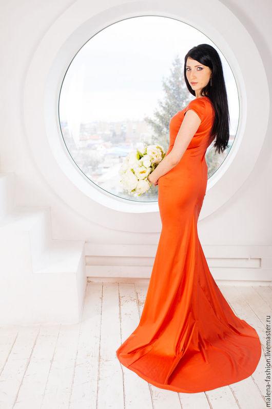 Платья ручной работы. Ярмарка Мастеров - ручная работа. Купить Вечернее платье со шлейфом. Handmade. Ярко-красный