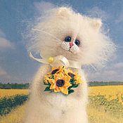 Куклы и игрушки handmade. Livemaster - original item flowers for mom 14cm soft knitted the author`s interior toy cat. Handmade.
