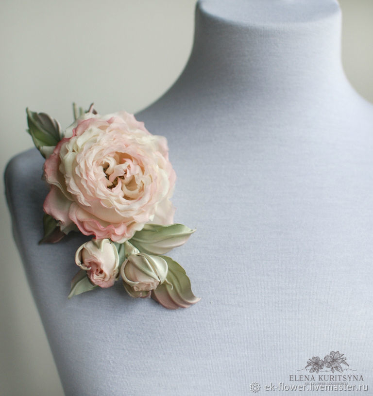 Silk flowers. A flower brooch is a Sprig of roses 'felicity', Brooches, St. Petersburg,  Фото №1