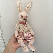Куклы и игрушки ручной работы. Ярмарка Мастеров - ручная работа Зайчик в полосатых шортиках. Handmade.