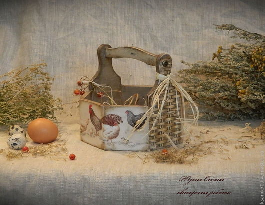 Короб-лукошко  `Петушки да курочки` для пасхальных яиц, пирожков, лука, чеснока.Ручная работа. Автор Юдина Оксана.