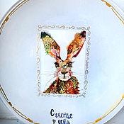 Тарелки ручной работы. Ярмарка Мастеров - ручная работа Тарелки: Заяц акварельный. Handmade.