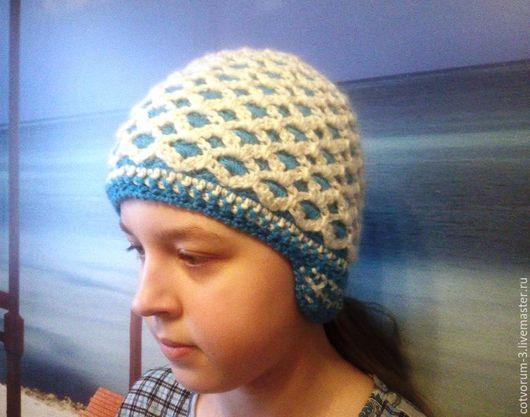 Шапки ручной работы. Ярмарка Мастеров - ручная работа. Купить Двухцветная и двухсторонняя шапка. Handmade. Комбинированный, двухсторонняя, шапка