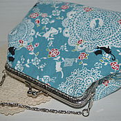 Сумки и аксессуары handmade. Livemaster - original item Handbag cosmetic bag with clasp. Lace and roses. Handmade.